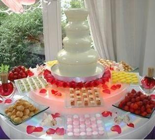 fuentes de chocolate blanco para bodas y eventos
