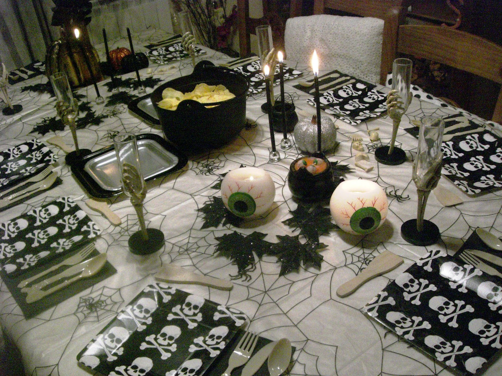 Fiesta de halloween lazos y corbatas - Fiesta halloween en casa ...